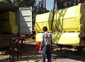 2016年发往哥斯达黎加的U型螺旋输送机,直径为450mm,长度在6米,总共8条,输送物料主要为木屑,采用的是电机直线式,目前已运行接近2年,客户反映很好,输送稳定,不堵料。